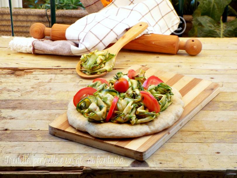 Pizza con zucchine grigliate menta e limone