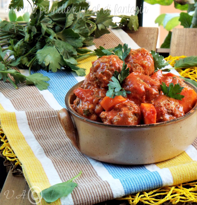 Polpette con salsa di pomodoro toscana
