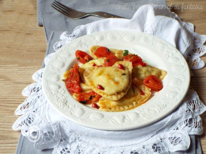 Cuori di pasta con pomodorini