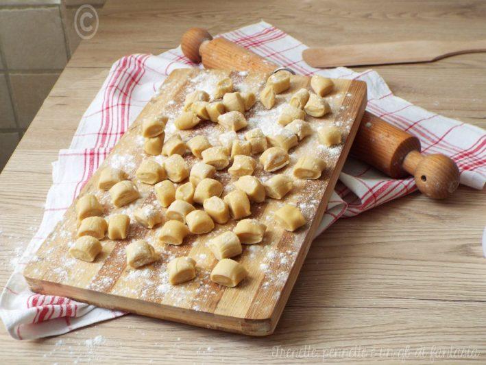 Gnocchi semplici di pasta