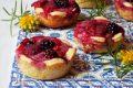 Fiori difrollacon ricotta e frutti rossi