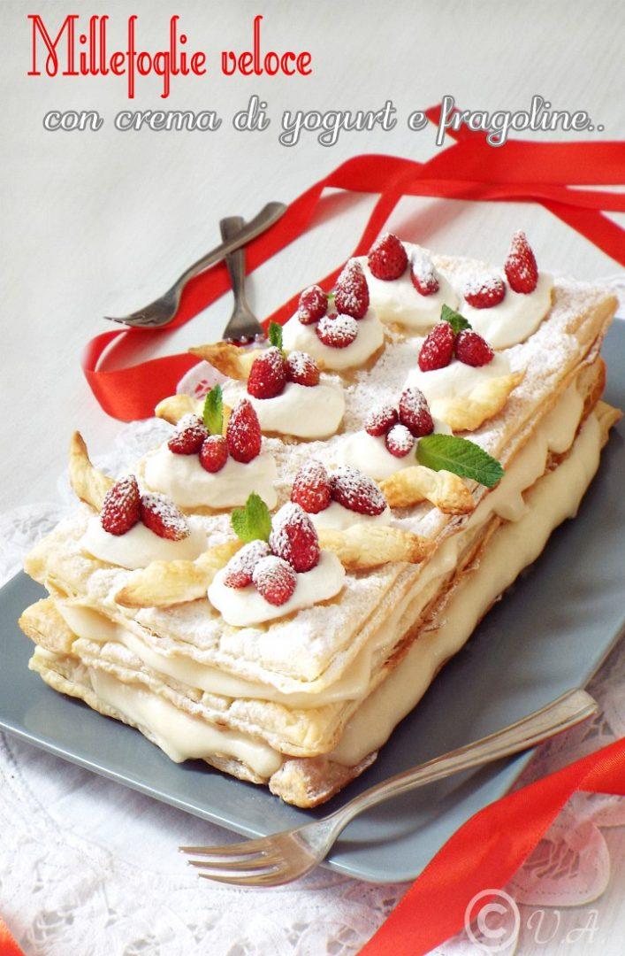 Millefoglie veloce con crema di yogurt e fragoline