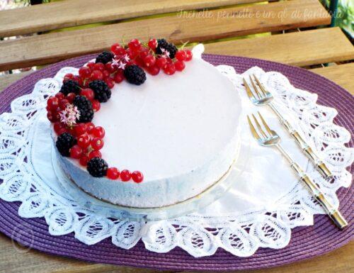 Cheesecake allo yogurt e frutti rossi