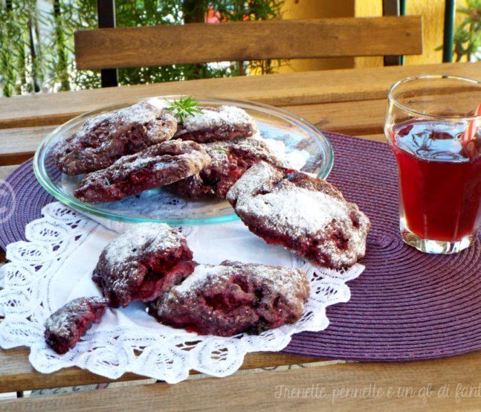 Biscotti rustici ai frutti di bosco con frolla alle more