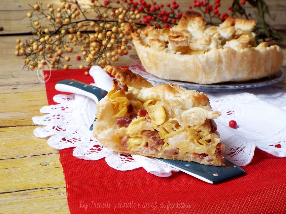 Crostata di sfoglia con tortellini