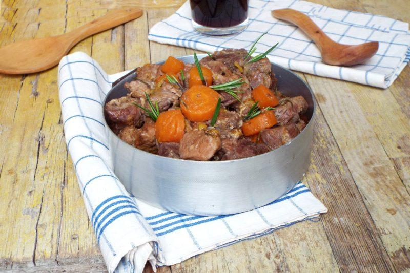 Spezzatino di maiale con carote