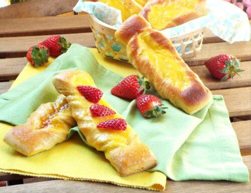 Trecce dolci con crema pasticcera