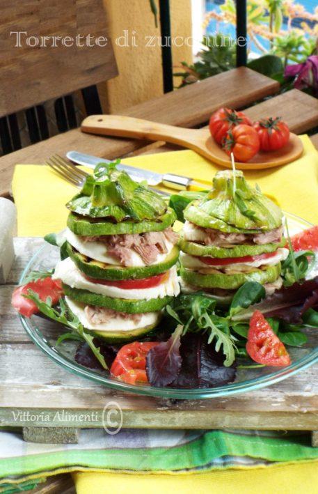 Torrette di Zucchine con mozzarella pomodoro e tonno