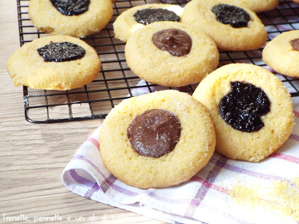 Biscotti di farina di mais farciti